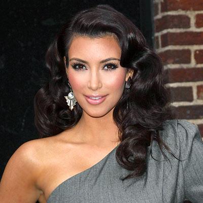 Kardashian Curls on 100209 Kim Kardashian 400