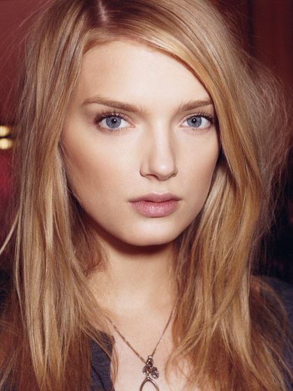 how to make your makeup look smooth and flawless