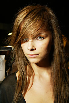 Long Hairstyles With Side Bangs And Layers 97